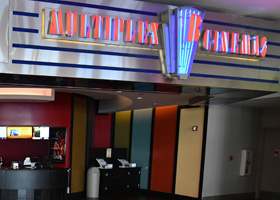 Showcase Cinema De Lux Broadway Showtimes Tickets