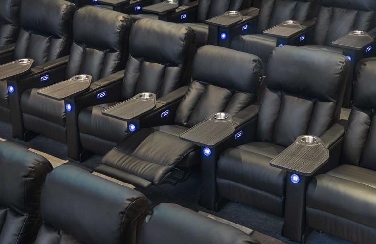 Showcase Cinemas De Lux Cross County Showtimes Tickets